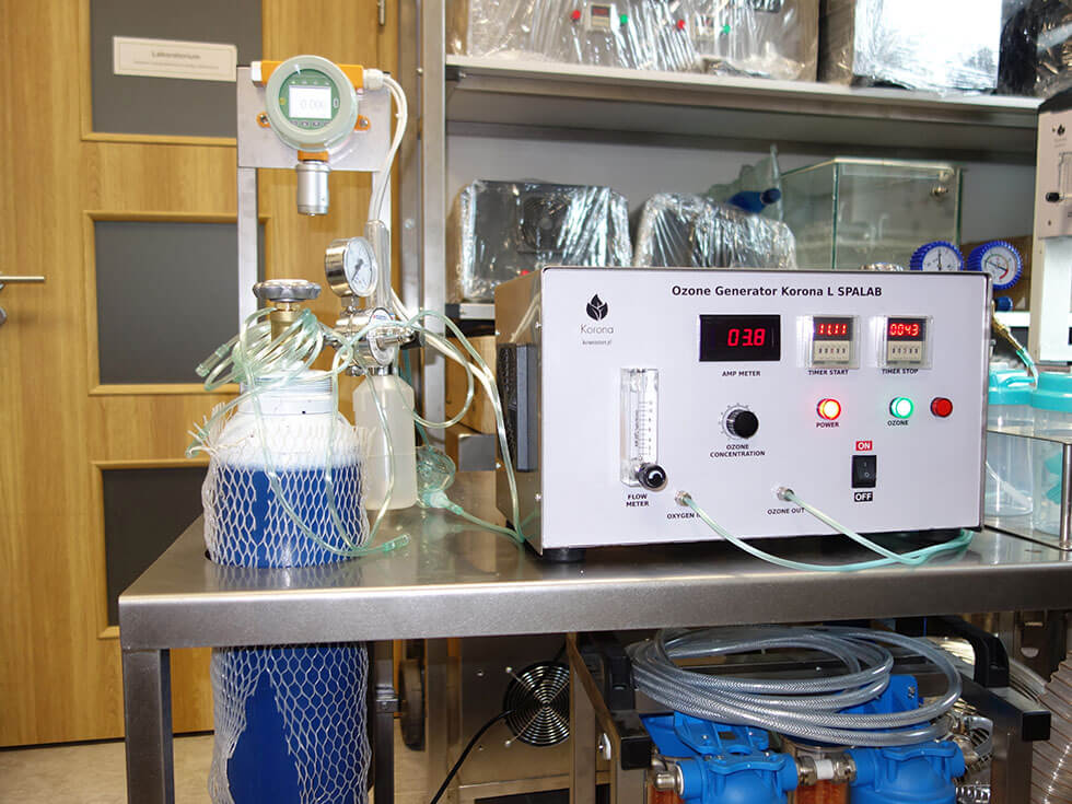 ozonator laboratoryjny